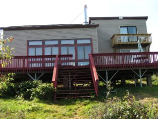 4-Bedroom Oceanfront Cottage With Spectacular Scenic Views