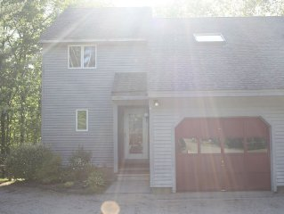 Beautiful 3 Bdrm Townhouse On The Saco, Walking Distance To N. Conway Village