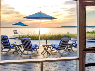 Bay Waterfront - Private Sandy Beach - Spectacular Sunsets