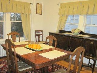 Excellent location, comfortable, updated, convenient downtown Burlington home