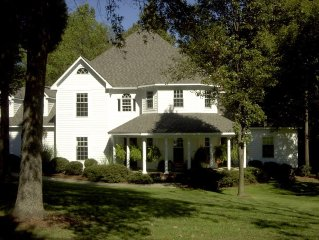 Grand Magestic Home 6BR/3.5BA Close to Coliseum,Grandover,Aquatic Cnt,High Point