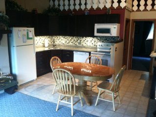 New Hampshire - Condo - for Rent Walk to Storyland
