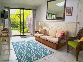 2 Blocks From Beautiful Kailua Beach