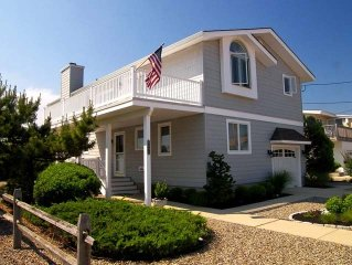 AVALON; Bay views & Beautiful Sunsets; 'Owner pays all service fees'