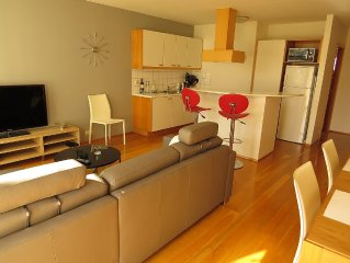 Charming apartment in the centre, by the main street, free WiFi, free parking