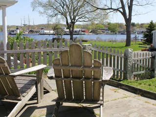 Downtown Historic Gem W/ Water Views Of Mystic Seaport & Lighthouse