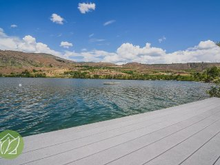Wapato Lake Sunset Hideaway by Sage Vacation Rent
