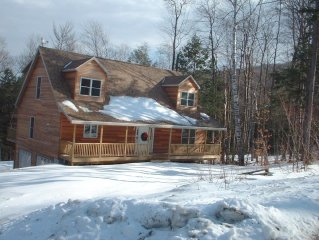 Beautiful Young Stratton Mountain Ski Home-Skiing only seconds Away!