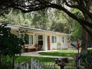 Sierra Mountain Comfort - Secluded and Peaceful, Family Perfect with Free WiFi
