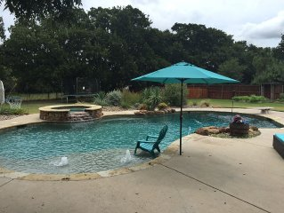Large Home-With Pool, 20 Minutes Away From Fort Worth