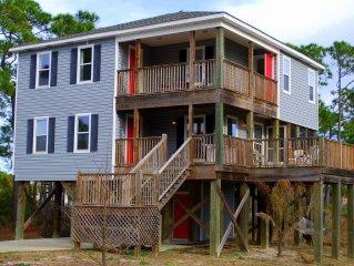 Family-Friendly Beach House - Gated Neighborhood