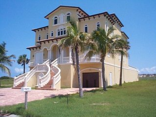 Ocean Front; Perfect for your Special Event and Family Reunions! Sleeps 20.