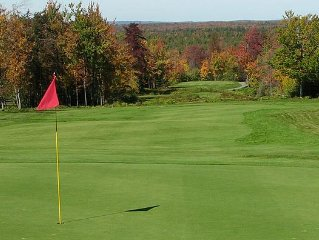 Pincrest Lakes Country Club - Golf, Skiing, and S