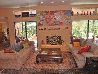 Secluded luxury retreat on greenbelt at Zilker Park, near downtown