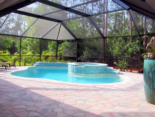 TWO MASTER SUITES Heated Pool+Spa BEACH Home Private Comm IN NAPLES, Walk to