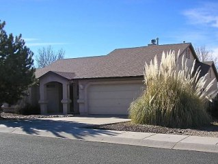 Pet Friendly House with Beautiful backyard views of Mountains and  Wildlife!