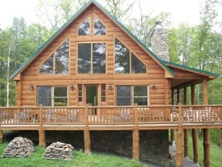 Private, Quiet, Lakefront Log Home On Wooded Lot!