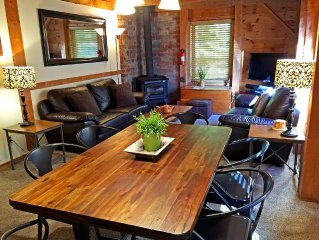 The Cabin at Killington: Right - Close to Mountain, Restaurants, Bars & Shops