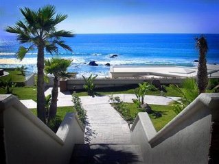'Luxury Oceanfront Penthouse with Pools, Jacuzzis and Spectacular Ocean Views'
