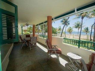 Beachfront Garden-Level Private Oasis