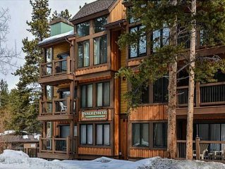Penthouse Ski Condo - 1500 sq ft