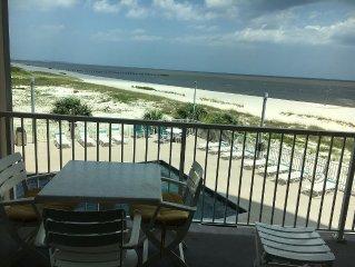 Panoramic Water Views, directly on Biloxi beach