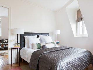 Location! Location! St.Germain Orsay Bright Multiconfigured Designer Penthouse