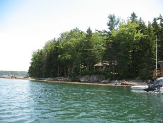 Come relax on this gorgeous slice of unspoiled Maine coast!