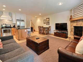 Perfectly Located Condo in Deer Valley! Walk To Main St.
