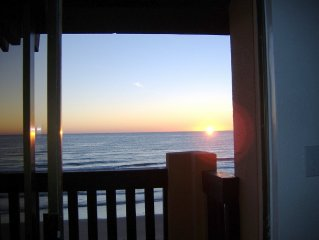 BEACH FRONT condo with stunning views of the Gulf of Mexico