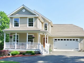 Beautifully furnished 3,000 sq ft home in Downtown Mystic!