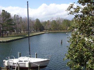 Spacious Waterfront home with dock, sleeps 14 with pool table