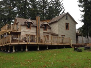 Beautiful House 1 Mile From Hunter Mountain. MARCH,APRIL LAST MINUTE DEALS