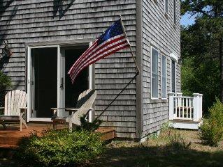 Breezy Chappy beach house- WALK to beach, local farm, and community center
