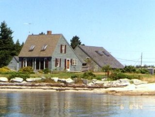 On Ocean, Great Sea Views, Well Equipped, Private, 3 BR