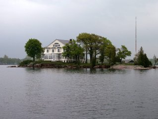 Private Island Dream Vacation Victorian Home DISCOUNT RATES May,Jun,Sept,Oct