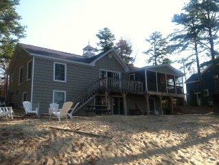 Beautiful beach front house, 6 bedrooms, 4 bathrooms. Beautiful views!!!