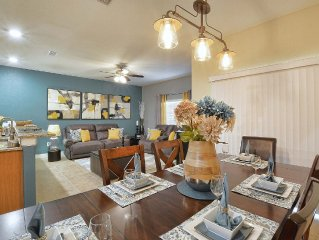 NEW!!! Wonderful Disney Vacation Home, Fully Equipped, Professionally decorated.