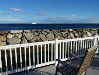 View the Isles of Shoals from your waterfront deck, peaceful views of harbor