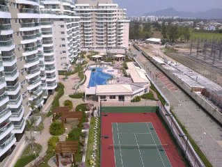 Apt. excellent prox beach 2 rooms 01 suites and full air-conditioned throughout