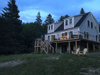 Brand New Home - 35 steps from the water. 3 bedrooms with den. Sleeps 6 to 9.