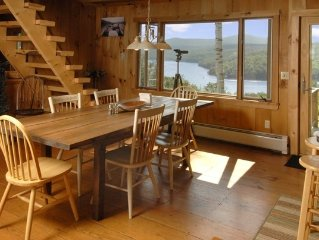 Quiet location, beautiful views Hottub & Sauna Sleigh riding on property