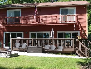 Great home for Leaf Peepers & Skiers!  45 mins to Gunstock!