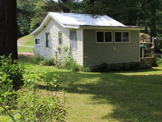 Adirondack Beach Cottage With Mountain Views and Lake Rights ~ Family Friendly