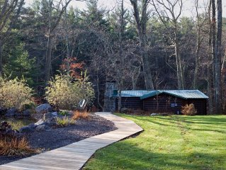The Lehigh Cabin - Your Private Riverfront Escape in the Poconos