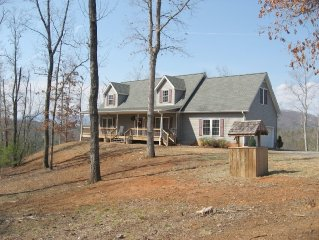 Lake Lure near TRYON - Mountain Home with Beautiful Views 30 Acres & Wide River