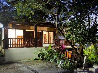 Beautiful 4 bedroom home! surf, sun, trekking, tanning, RELAAAAAX!!!.