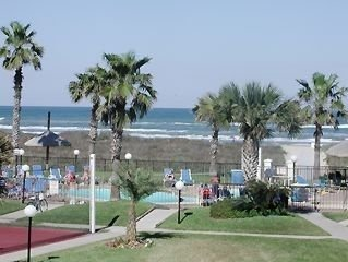 SPECIAL!  July 18-21 $199/night due to Cancellation - 3 bedroom Beachfront Condo