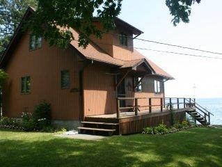 Waterfront Cottage On Beautiful Whites Bay