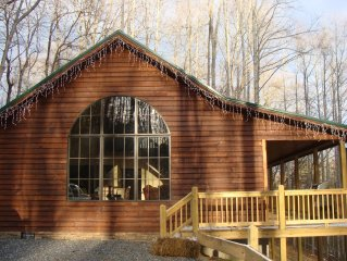 *Discount online rates! Warm by the fire or hotub! Central to all Slopes & Boone